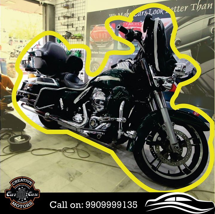 This Harley is ready to get pampered !!! KEEP your Motor Bikes as shiny as brand new with the help of our professionally trained personnel ... Pre book appointments on 9909999135