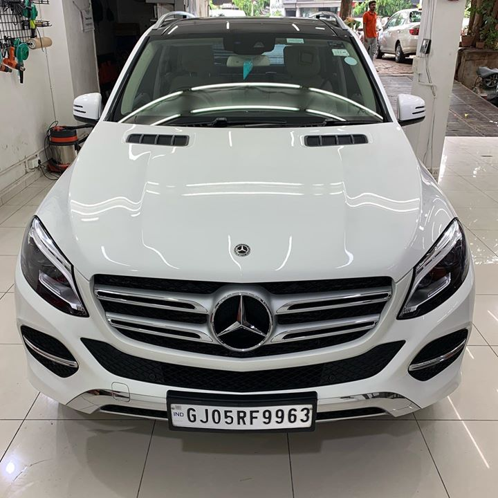 Mercedes GLE 250 Protected by Ceramic Diamond Coating 💎  This Car came Specially from Surat for the Treatment  We give Best Quality Ceramic Coatings at Reasonable Rates  Inquire Now👉🏻9909999135  Creative Motors  Ahmedabad & Rajkot   #ceramiccoating #nanoceramiccoating #glasscoating #creativemotors #qualityovereverything #surat #mercedes #mercedesgle  @ Ahmedabad, India