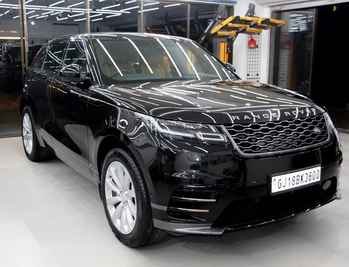 Range Rover Velar Protected by Ceramic Coating 🔥  Benefits of Ceramic Coating👇       🔺9H Hardness coat    🔺Remove Swirl marks   🔺Weather Resistance    🔺Mirror finish    🔺Avoids UV rays    🔺Water & Dust Repellent   Call👉🏻 9909999135  or  Visit-www.creativemotors.in  #ceramiccoating #nanoceramiccoating #glasscoating #creativemotors #qualityovereverything  @ Ahmedabad, India