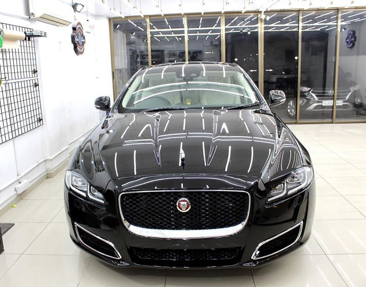 Jaguar XJL got Protected by Ceramic Coating 🔥  Benefits of Ceramic Coating👇       🔺9H Hardness coat    🔺Remove Swirl marks   🔺Weather Resistance    🔺Mirror finish    🔺Avoids UV rays    🔺Water & Dust Repellent   Creative Motors Rajkot & Ahmedabad   Call-9909999135 or  Visit-www.creativemotors.in  #ceramiccoating #nanoceramiccoating #glasscoating #rajkot #jaguarxjl  @ Rajkot, Gujarat