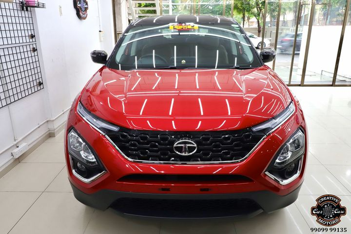 Creative Motors,  Glass, Coated, Ceramic, Application, Car, INDIA,, creativemotors, ahmedabad, caraccessories, cardetailing, carspa, microdetailing, GlassCoatedTreatment, glasscoated, carfoamwash, foamwash