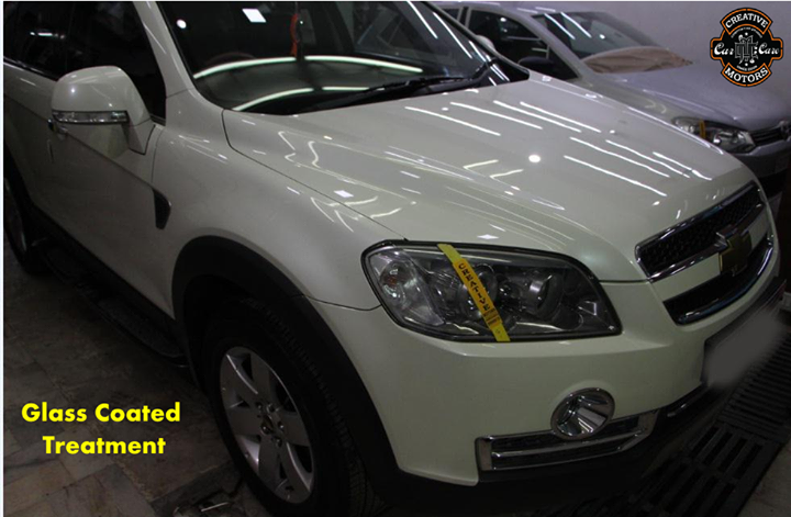 The #gloss and #colour of this car before he finally locked it in with GLASS COATED TREATMENT.Just look at the photos and you will be convinced that the transformation is amazing. This new car looks better than new.  Contact us to fix an appointment now.  Tel/Whatsapp : +91 99099 99135 or 079 26421200  Add :- 1&2, Ground Floor. Urvashi Complex, Mithakhali Cross roads, Navrangpura, Ahmedabad, India 380009